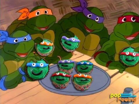 tmnt-eating-cupcakes