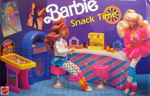 barbie-snack-time