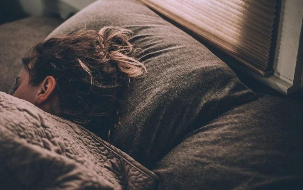 memory foam pillows to help you sleep