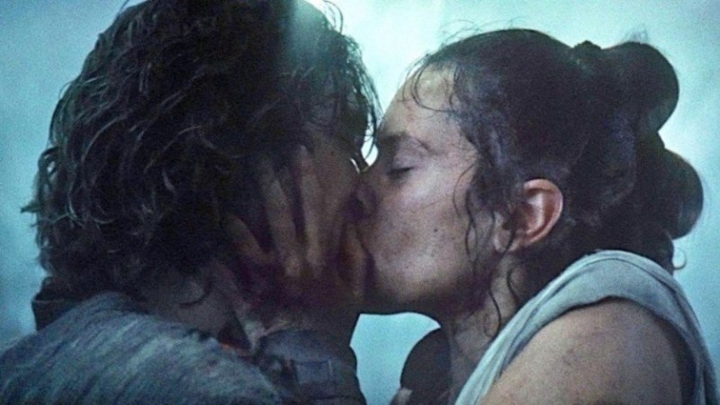 Image result for kylo and rey kissing