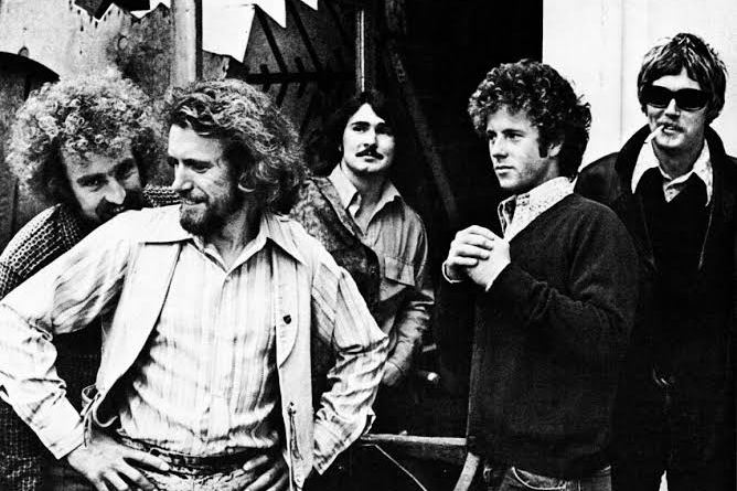Clássico do dia : The Flying Burrito Brothers – In the Dark End of the Street