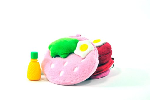 strawberry-coin-purse-with-flower