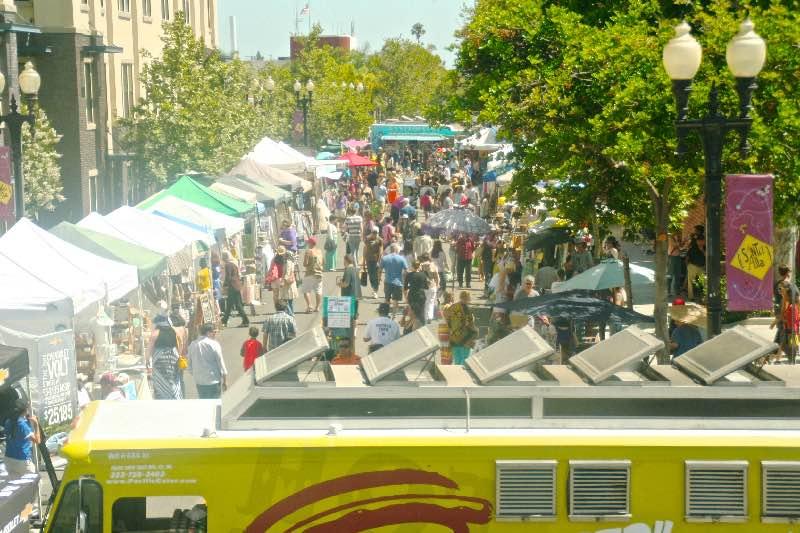 the patchwork show california outdoor art market