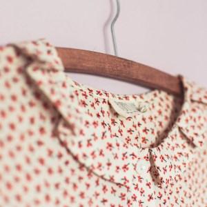 How to make simple DIY rose gold hangers tutorial