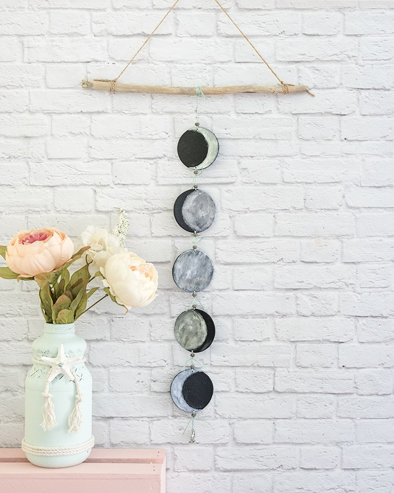 easy-polymer-clay-phases-of-the-moon-mobile-tutorial