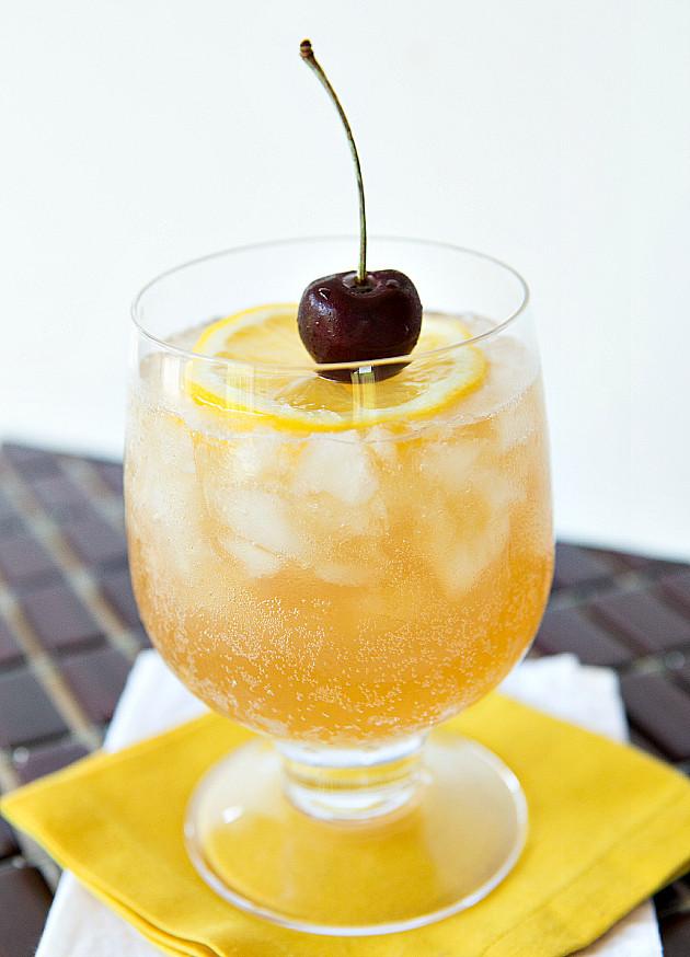 Rum-Swizzle-recipe-by-drink-kings
