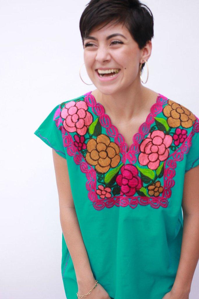 tierra de los artesanos hand embroidered blouse