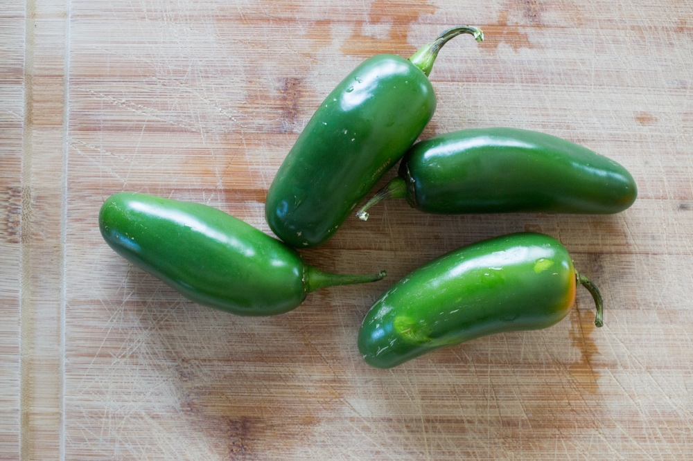 jalapenos how to pick a spicy pepper_web