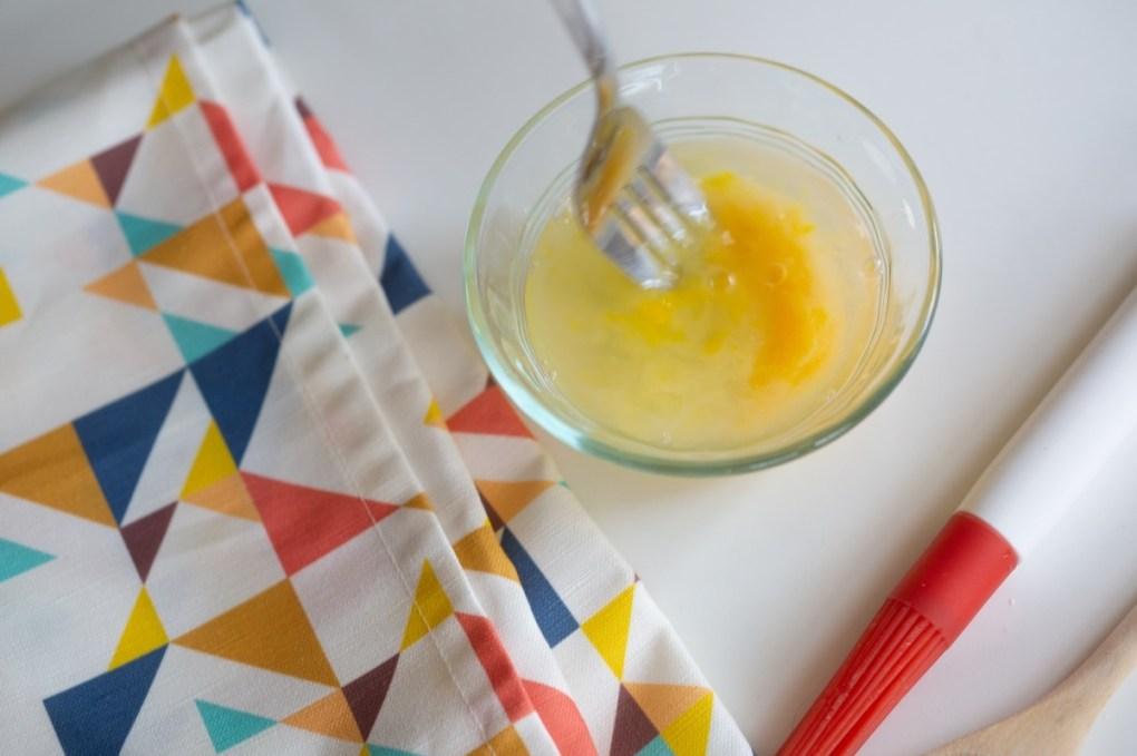 blend the egg wash - kitchen hack recipe pop shop america