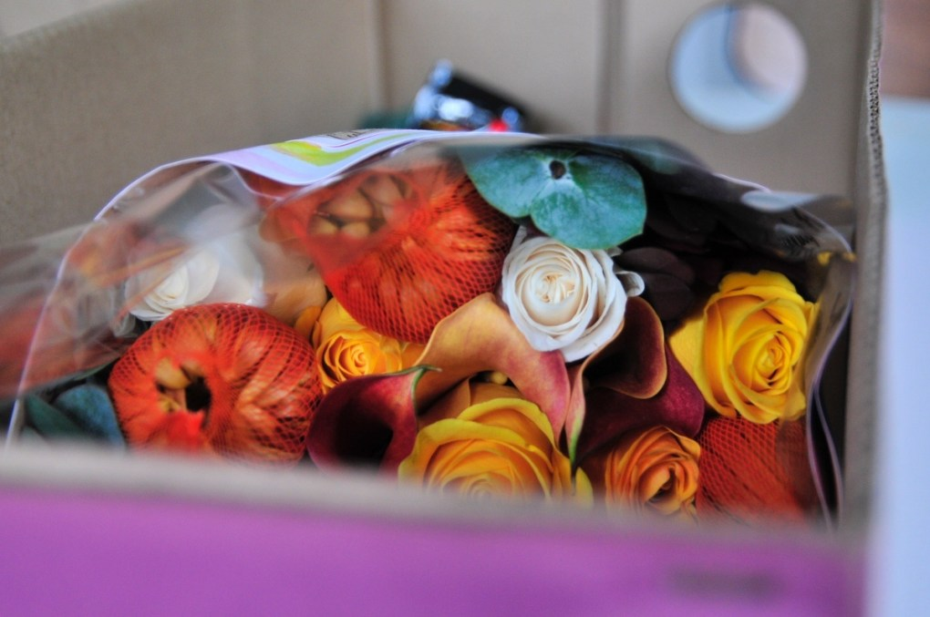see inside the enjoy flowers subscription box