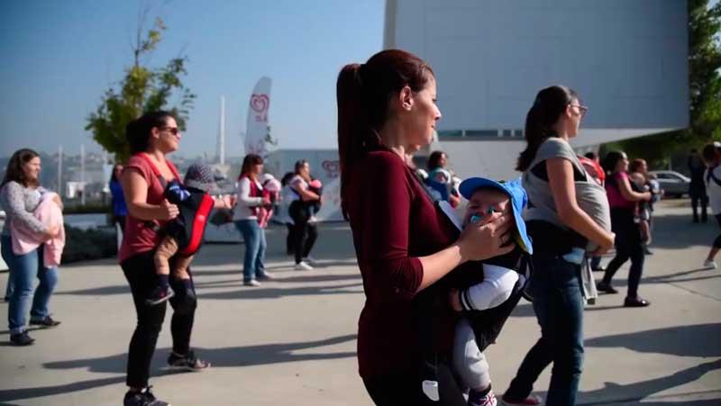 Flash Mob Mamãs e bebés de Gaia