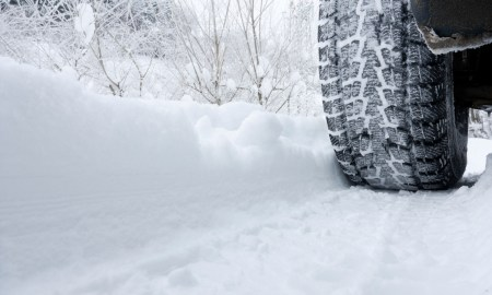 tire-in-snow1