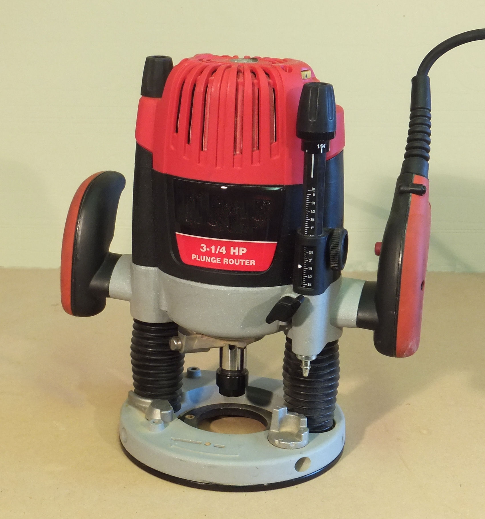 Popular Woodworking Router Reviews