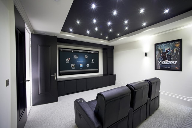 best long throw projector entertainment presentations
