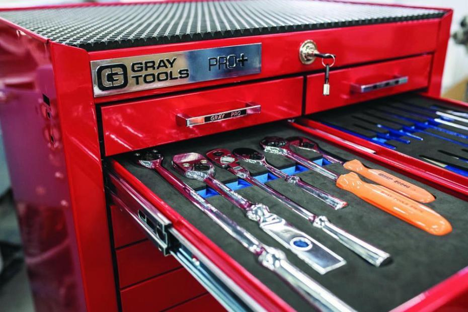how to organize a tool chest