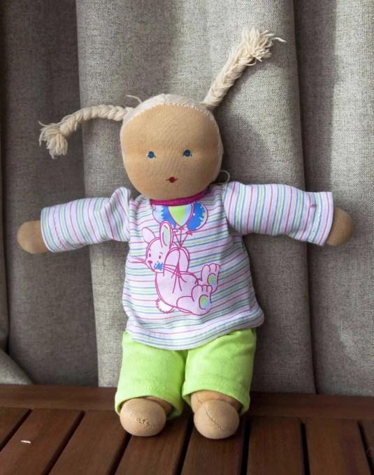 Vestido para muñeca waldorf