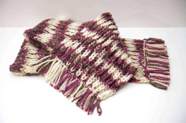 Cómo hacer una bufanda de lana con flecos