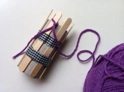 tricotin con tubo de cartón