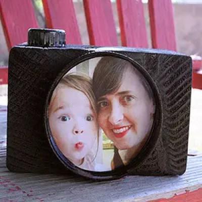 portaretratos con forma de cámara de fotos