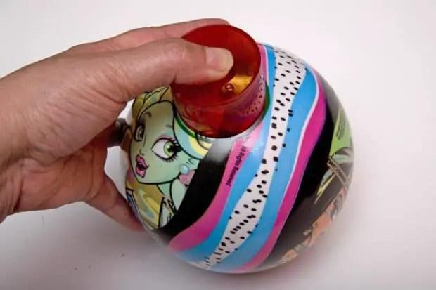 se marca el tamaño de la vela sobre la pelota