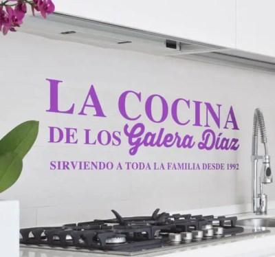vinilo-decorativo-cocina-familiar-5410