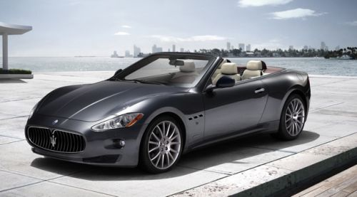 Maserati Puts GranTurismo's [Canvas] Top Down with GranCabrio