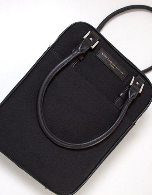 WANT Les Essentiels de la Vie: Black De Gaulle Laptop Bag