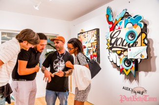 Alex Yanes - Aqua Art Miami © Steven D Morse – morsefoto.com