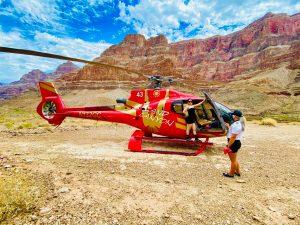 helicoptero en gran cañon