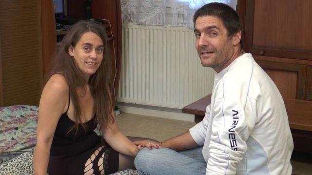 Un couple nous invite chez eux à Orléans pour oser devant notre caméra !