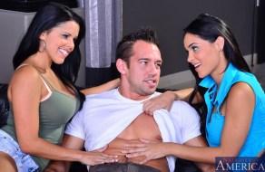 fotos Jasmine Caro teniendo un trio despues de la prepa