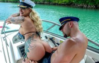 Doing Anal In A Wild Boat Ride – Ryan Conner