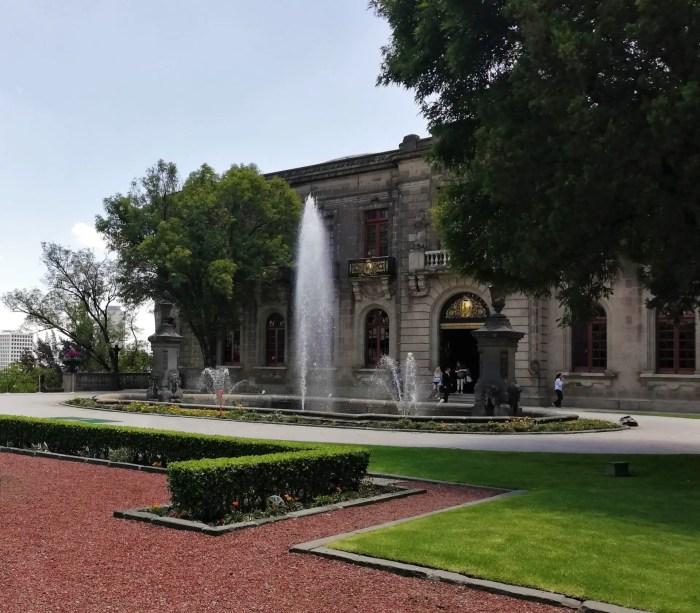 Foto del Castillo de Chapultepec, uno de los 7 imperdibles de Chapultepec.
