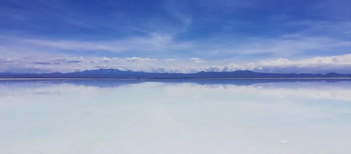 Efecto espejo en el Salar de Uyuni.