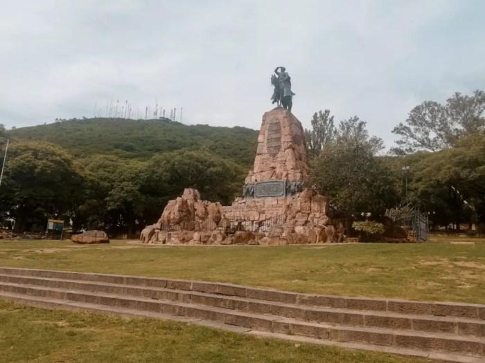 Monumento General Martín Miguel de Güemes