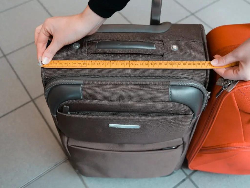 Evitar cargos por exceso de equipaje.