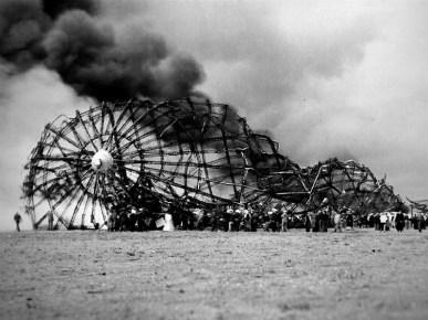 """Epave du LZ-129 """"Hindenburg"""""""