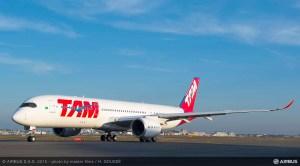 Le premier A350 de TAM