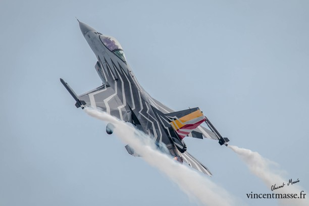 F16 solo display Belge