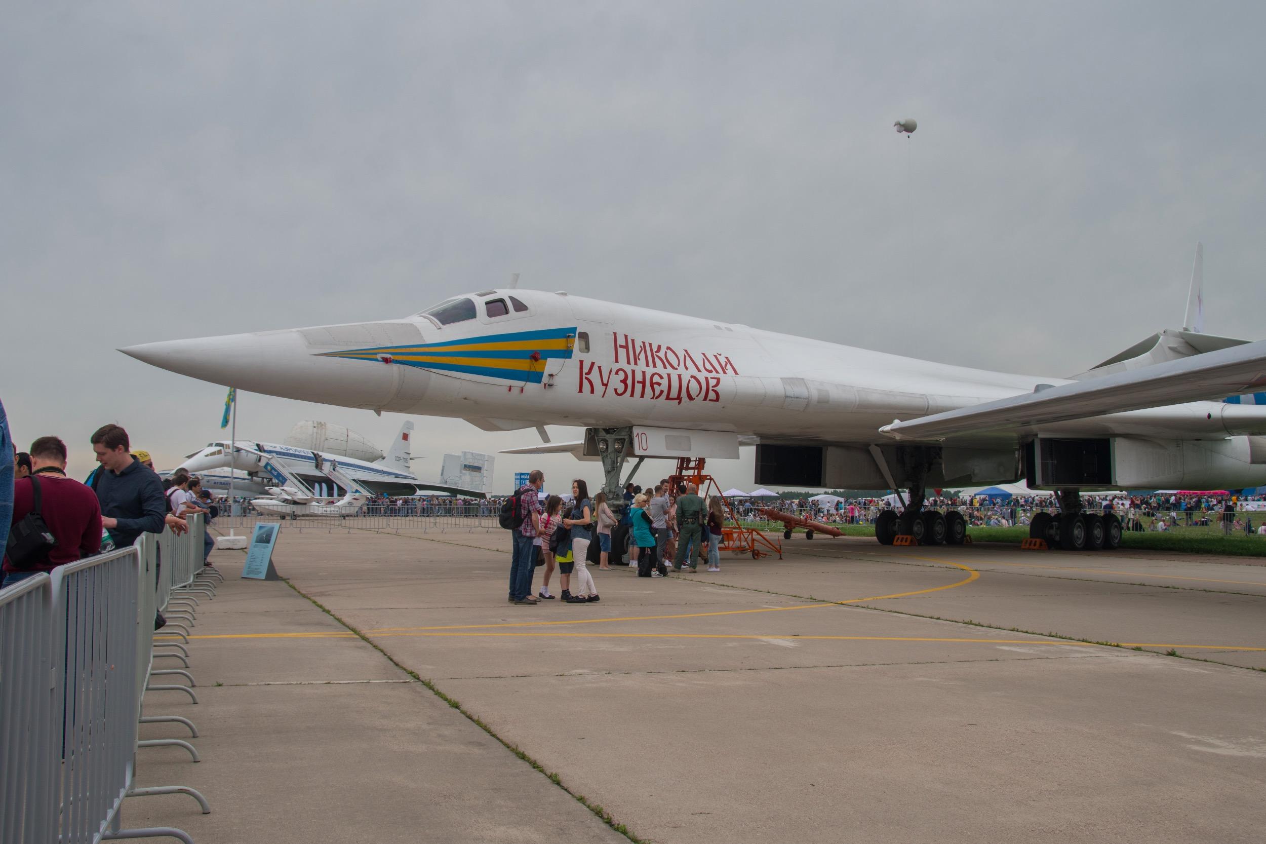 "Tupolev TU-160 ""Blackjack"", 10 Rouge, Nicolas Kuznetsov"
