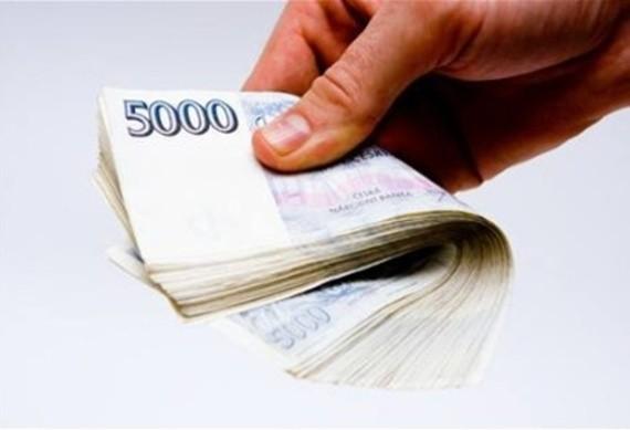 Uvažujete o půjčce? Nechte si poradit od odborníka.
