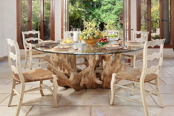 Dřevo – všude samé dřevo. 150 tipů na nábytek ze dřeva.