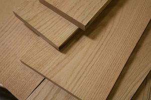 kvalitní dřevěné dveře