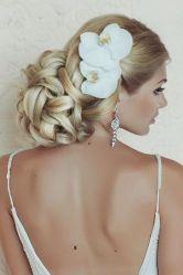 penteados de casamento com flores 10
