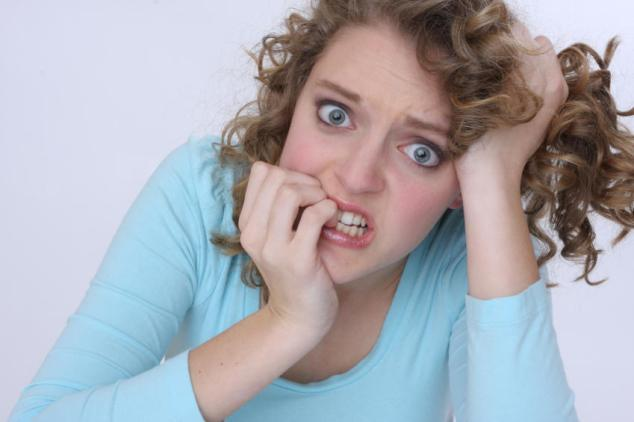 Uma coisa é certa: mulher sofre com ansiedade. Por qual qualquer preocupação, atacamos a geladeira. A ansiedade nos faz ficar o dia inteiro comendo porcarias.