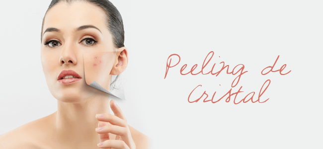 Elimina a camada superficial da pele de uma forma suave, levando a uma regeneração das células. A pele é lixada através de óxidos de alumínio. Esse tratamento é considerado um coadjuvante e os resultados são poucos se for feito sozinho.