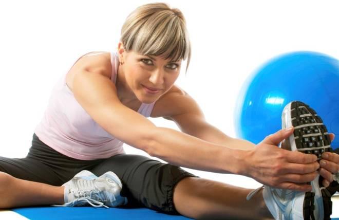 1) os treinos mais comuns se resumem a quatro atividades, duas aeróbicas e duas anaeróbicas; 2) cada exercício deve durar 30 minutos sem descanso.