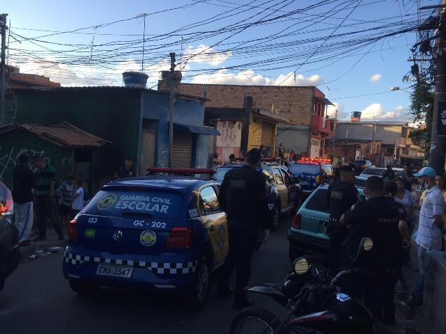 Guarda Civil Municipal (GCM) interrompeu um campeonato de futebol que estava acontecendo na rua Bom Jesus do Amparo, na Cohab 5.