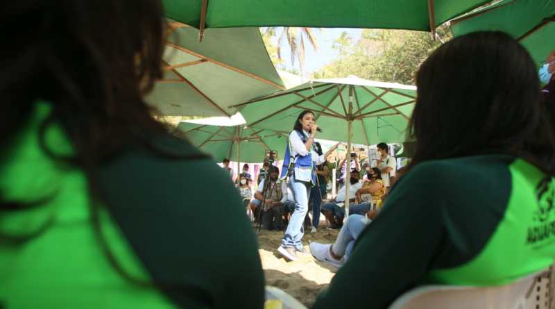 16.04.2021 Mely La Audiencia (3)