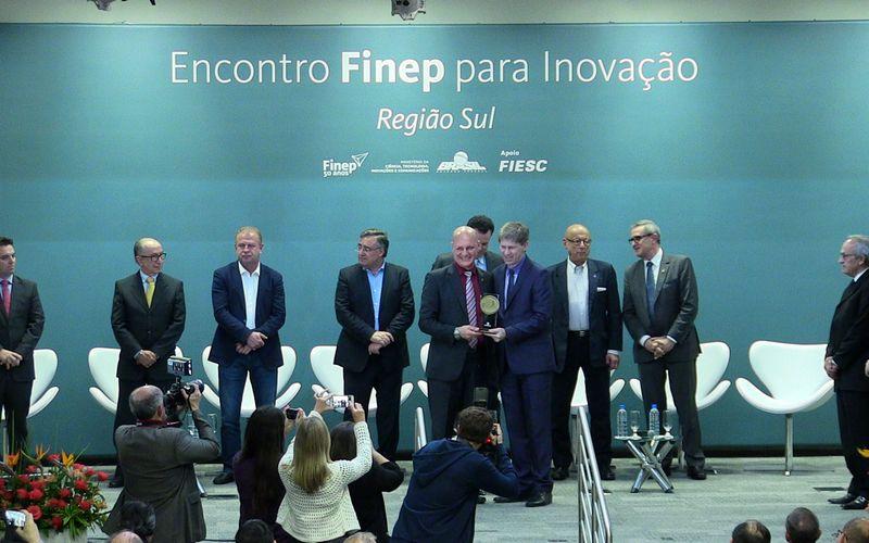 FINEP volta a ter escritório em SC para estimular inovação